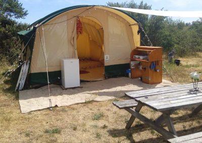 auvergne-brenazet-camping-tunneltent-interieur